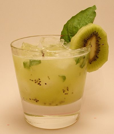 Kiwi Basil Gin Cocktail...tastes like summer!