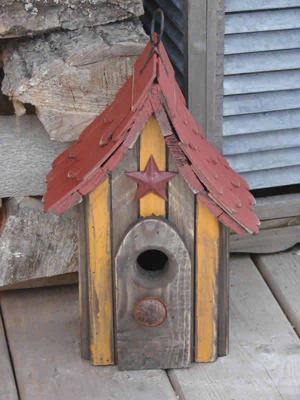 Bird House Shingle Roof Star