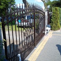 Kowalstwo Kubala balustrady stalowe i nierdzewne, bramy przesuwne dwuskrzydłowe ogrodzenia – Zdjęcia firmy