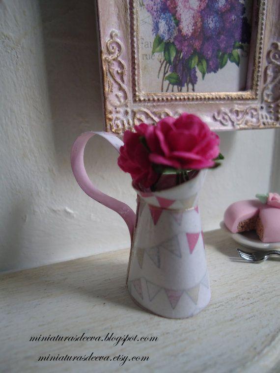 Pitcher Jug with roses. Dollhouse. Home decor. by MiniaturasDeEva