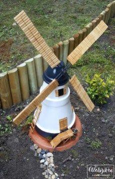 Clay pot windmill Szélmalom virágcserépből