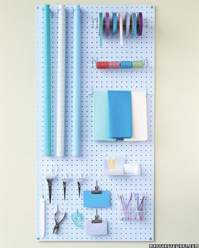 Gift Wrapping Station #craft #hiddenstorage Http://www.nichedesignsinc.com