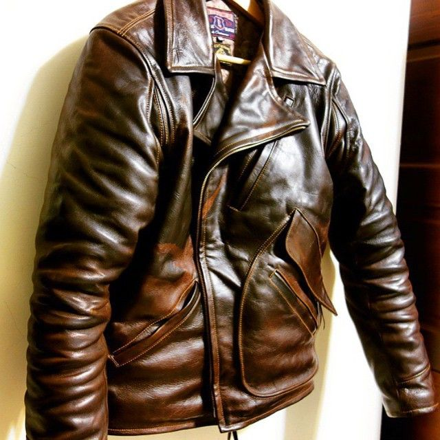 ELMC Windward Horsehide motorcycle jacket, made in England #eastmanleather #elmc #windward #horsehide #madeinengland