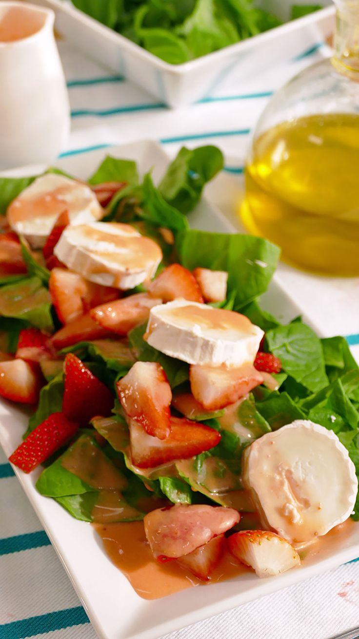 Receta de ensalada de espinacas, queso de cabra y fresas aliñada con una original vinagreta de fresas, una perfecta y deliciosa combinación. Caprese Salad, Heart, Mariana, Amor, Home, Spinach Salad Recipes, Diets, Strong, Healthy Food