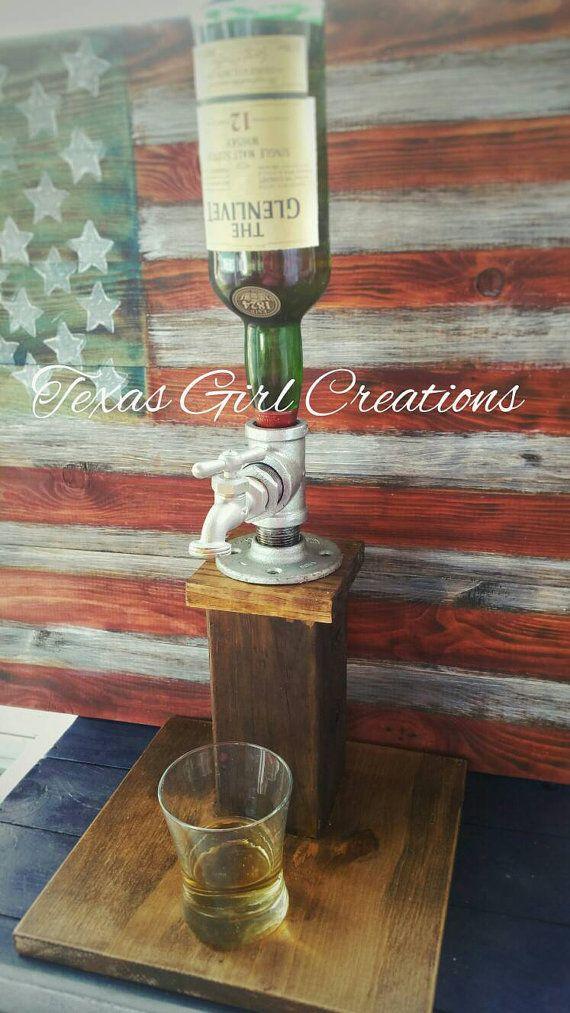 Dispensador de licores madera por TexasGirlCreations1 en