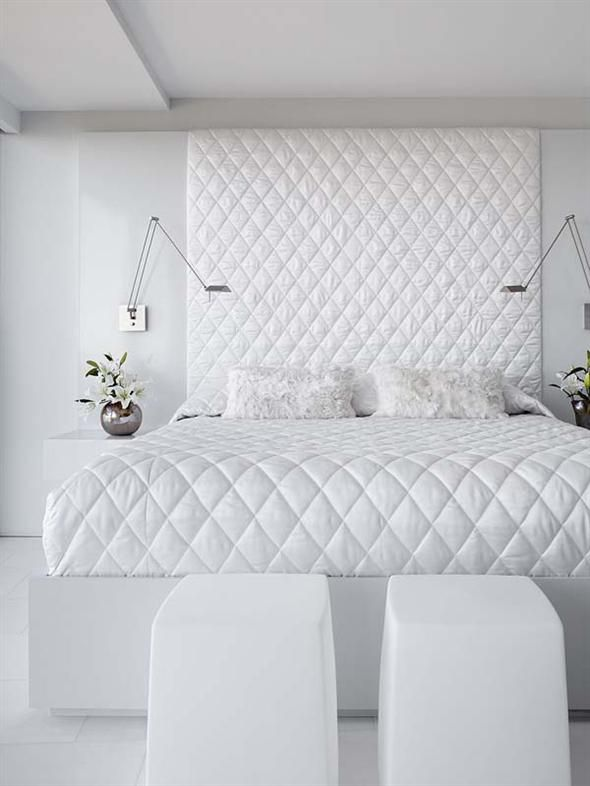 This room might look very plain but I love it! The pattern makes it so exquisite.