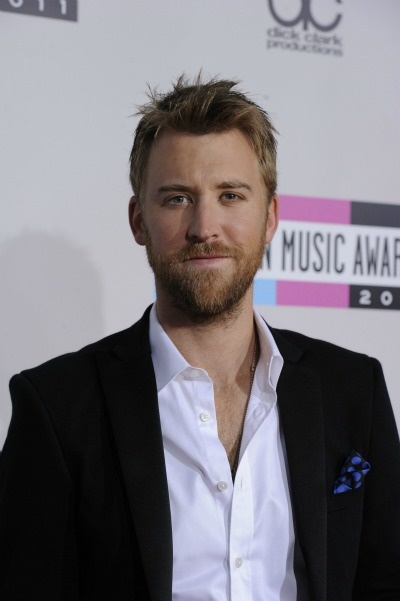 Charles Kelley of Lady Antebellum is probably the sexiest country star out there. Too bad he married...to a woman.