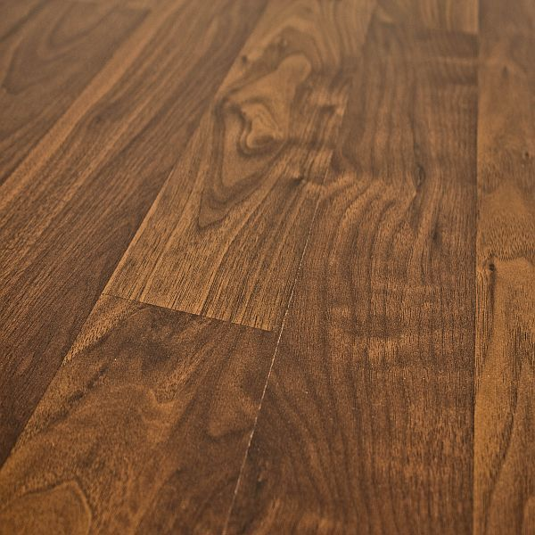 1000 Ideas About Walnut Laminate Flooring On Pinterest