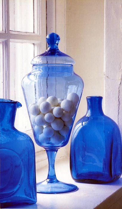 <3Blue Cristal, Blue Vases, Kids Bathroom, Beautiful Blue, Cobalt Blue, Glasses Bottle, Blue Bottle, Colbalt Blue, Blue Glasses Beautiful