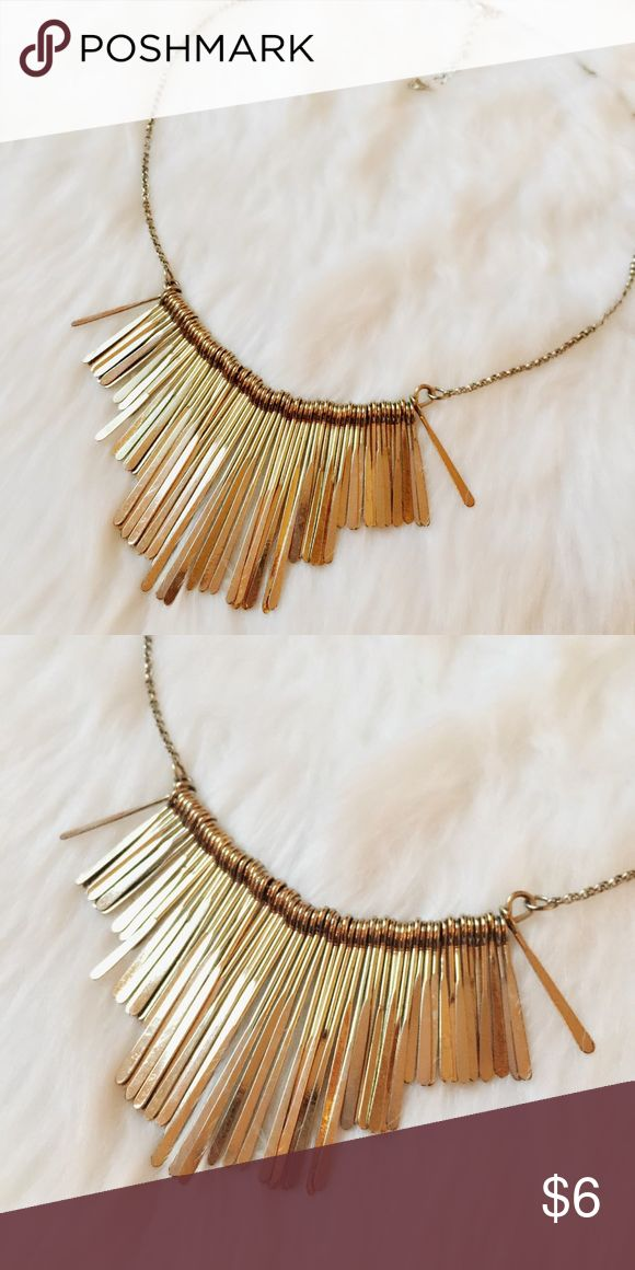 Forever21 Gold Bib Necklace Beautiful gold bib bangle necklace.  Been cleaned. Forever 21 Jewelry Necklaces