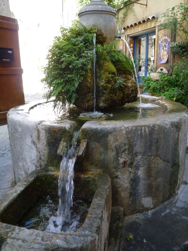 Fontaine Bargemon, Var.