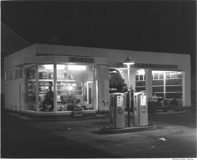 shell station at night vintage service stations pinterest shell station. Black Bedroom Furniture Sets. Home Design Ideas