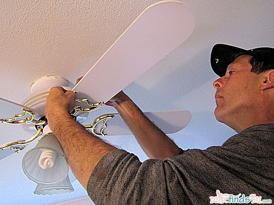 DIY:  Ceiling Fan Makeover  http://www.miscfinds4u.com/blog/2012/06/13/cbias-socialfabric-gelighting/: Ceilings Fans Makeovers, Recycle Ceilings Fans, Diy Furniture, Ceiling Fans, Bedrooms Fans, Awesome Ideas, Furniture Ideas, Diy Ceilings, Diy Projects
