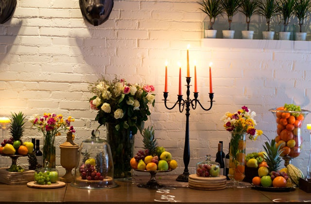 table decor with fruits