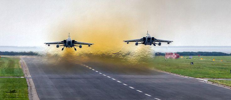 Tornado Alert! | Two RAF Tornado GR4s captured on departure … | Flickr