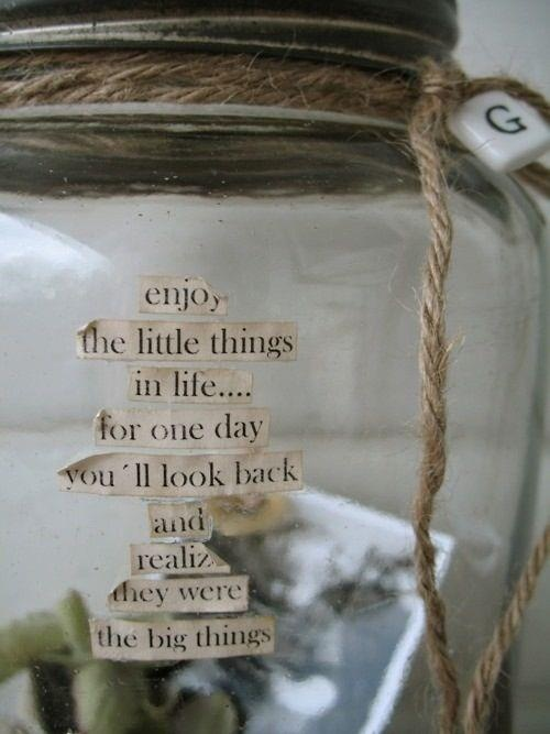 Gratitude jar... Write one positive thing that happened to you each day, and put it in the jar. Love this!