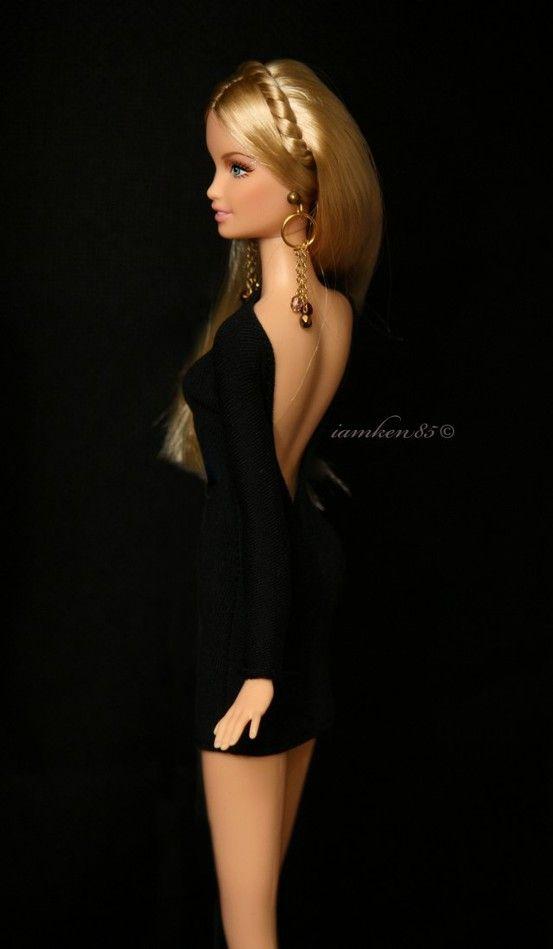 Waaaao! Que barbie tan hermosa! Realmente parece una mujer real!