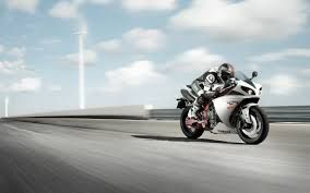driving motorcycle - Google-haku