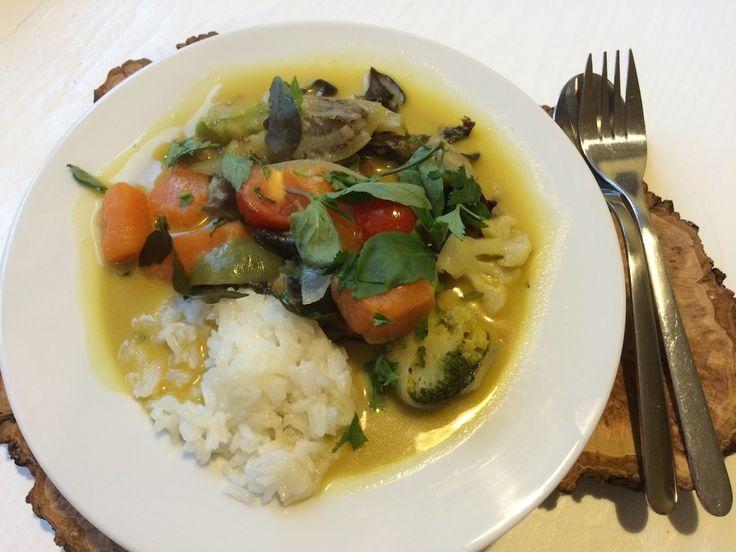 Jemy Pijemy : Tajskie zielone curry wegetariańskie. Thai wege green curry.
