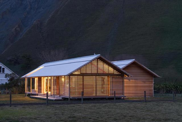 Shoal Bay House in Hawkes Bay, New Zealand
