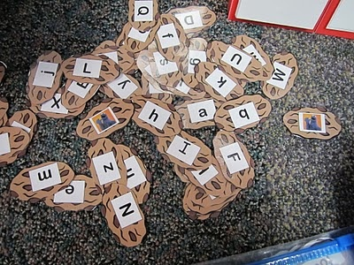 Draw cookies from Cookie Monster trash can--if they draw the Cookie Monster all the cards go back.: Cookie Monster, Classroom, Word Wall, Cookies Monsters, Monsters Games, Small Group, Drawings Cookies, Cookies Idea, Wall Word