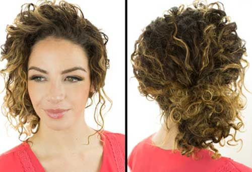 7.Hairstyle with Curly Hair