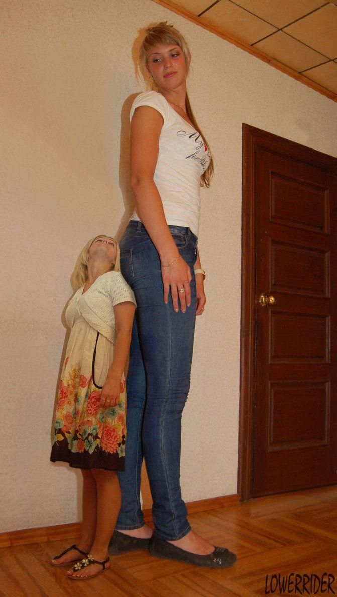 Фотки молодых высокие ростом девушки видео гламурную телочку голая