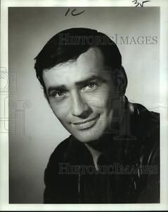 1965-Press-Photo-Actor-James-Drury-known-for-his-role-as-034-The-Virginian-034