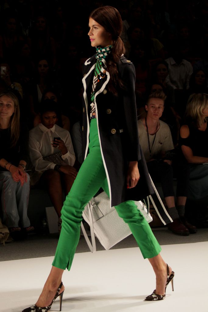 Milly Spring 2012: Glamorous Chic, Colors Combos, Ankle Pants, Chic Life, Emeralds Green, Emeralds Pants, Kelly Green, Green Pants, Emeraldgreen