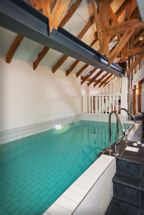 Achterhoek/Vakantiehuis-De-Schoppe- 2 mooie huizen voor 4 pers met veel wellness faciliteiten- sauna / zwemad/ jacuzzi aan de rand van het Bos.