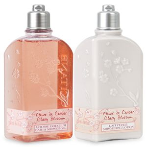 Envelope your skin with an iridescent veil and the soft scent of cherry blossom with this set containing:• 250ml Cherry Blossom Bath & Shower Ge