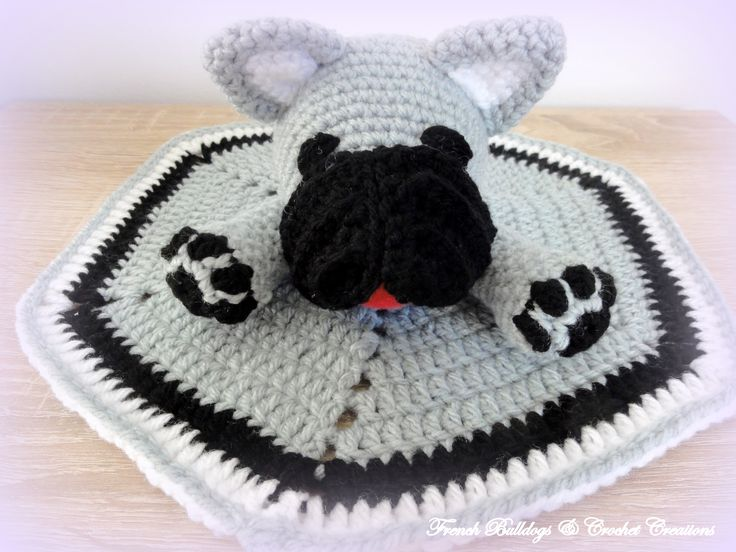 French bulldog amigurumi