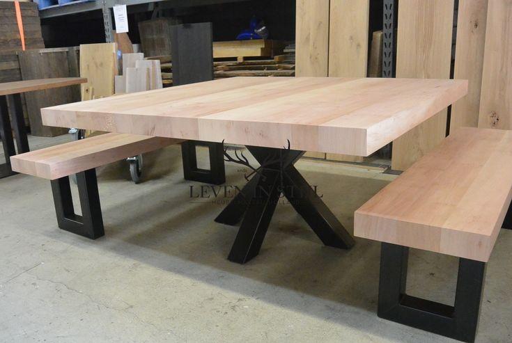 25 beste idee n over vierkante tafels op pinterest for Vierkante tafel