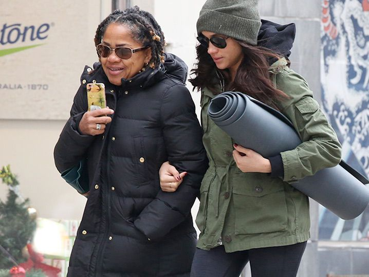 Meghan Markle And Her Mom Go To Yoga Class Together (PHOTO GALLERY)