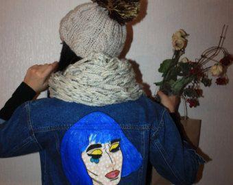 Artículos similares a Chaqueta pintada a mano con una chaqueta de pintura con obras de arte arte una chaqueta de mezclilla con artística labios labios Sexy una chaqueta usa arte en Etsy