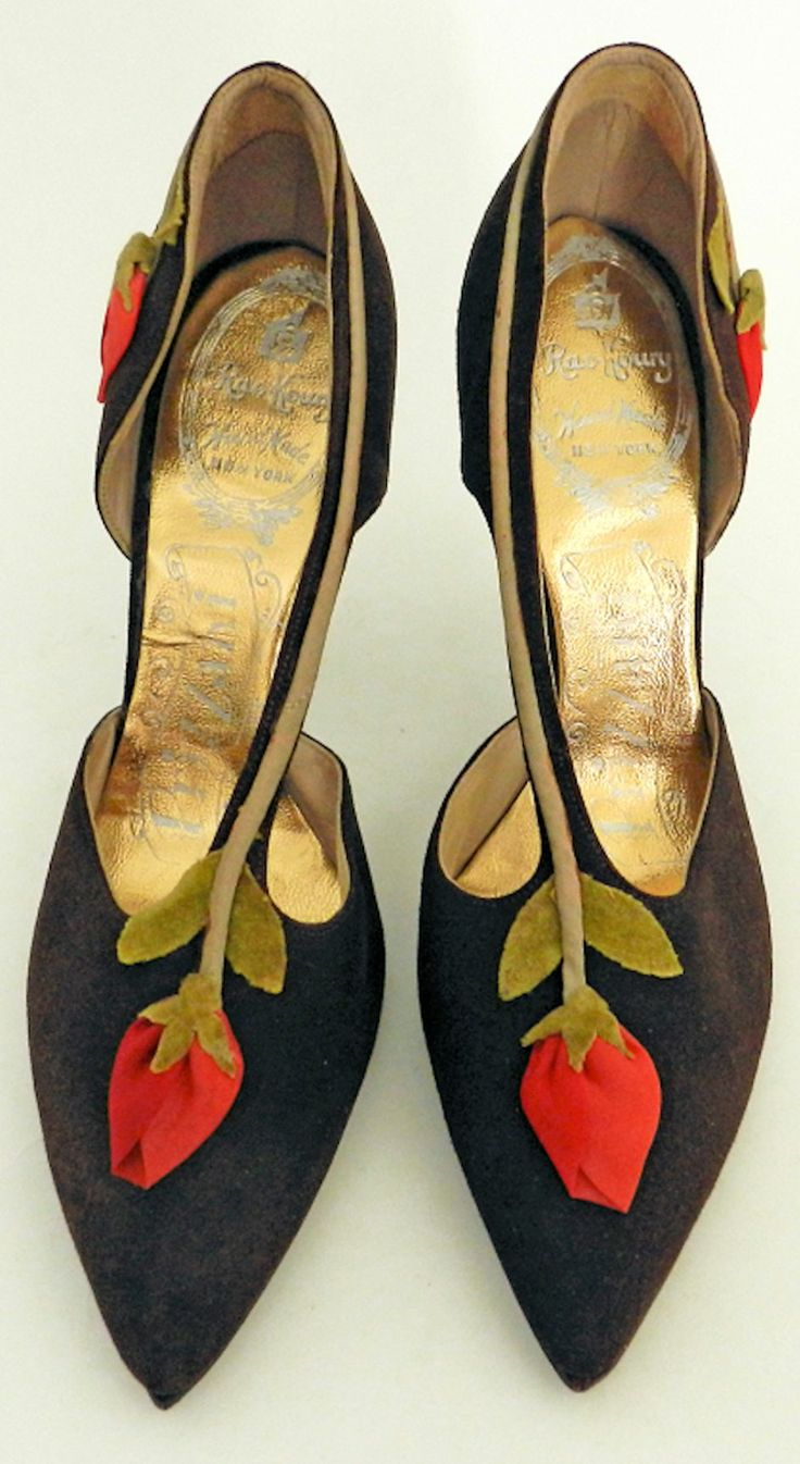 1950's Brown Suede Shoes with Rosebuds