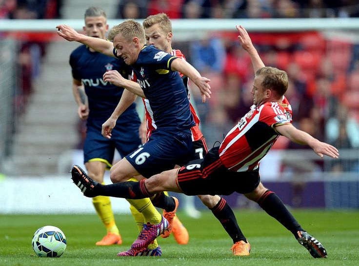 James Ward-Prowse of Southampton is tackled by Lee Cattermole of Sunderland