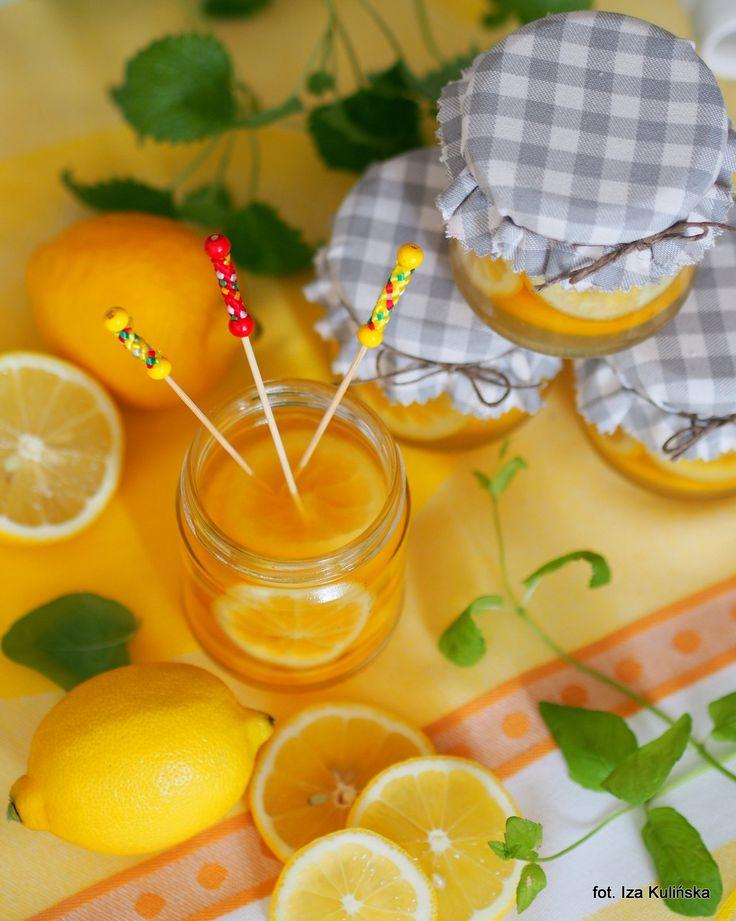 Smaczna Pyza: Cytryna do herbaty, w rumowym syropie