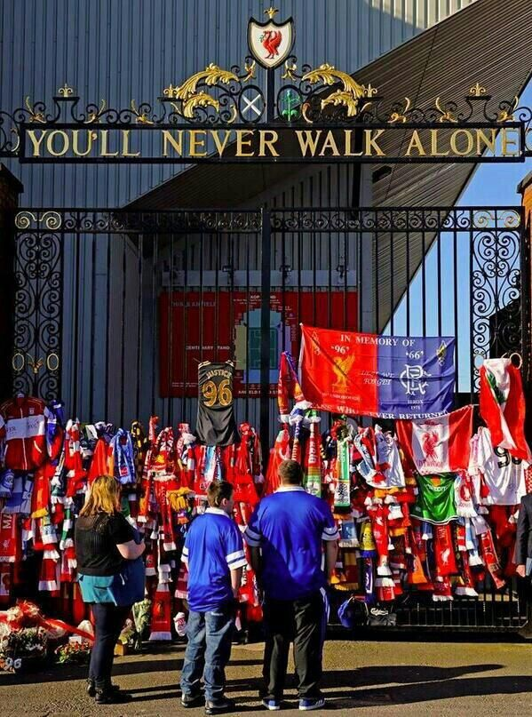 Shankly Gates adorned with scarves today in remembrance of the 96