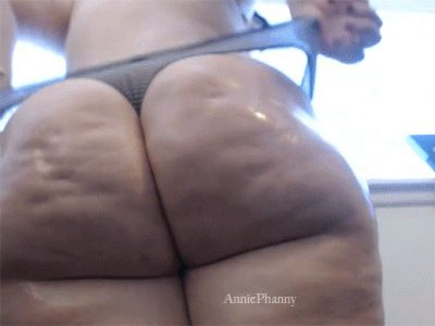 Bbw jiggly booty again