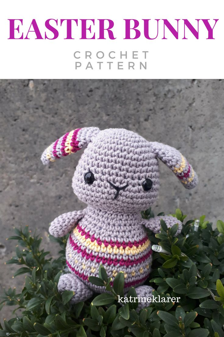 Easter bunny - Crochet pattern. Change the colors and it will fit in all year round too! Easy pattern to follow. #crochet #crochetpattern #easterbunny #bunny #crochetbunny #easter