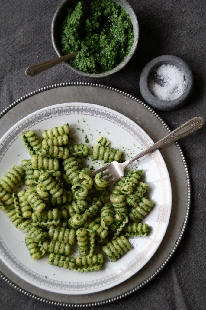 Pasta with kale pesto