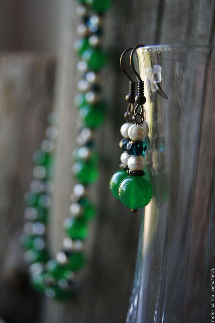 """Купить """"Изумрудные глубины""""- комплект украшений из малайского нефрита. - зеленый, бусы зеленые, зеленые бусы"""