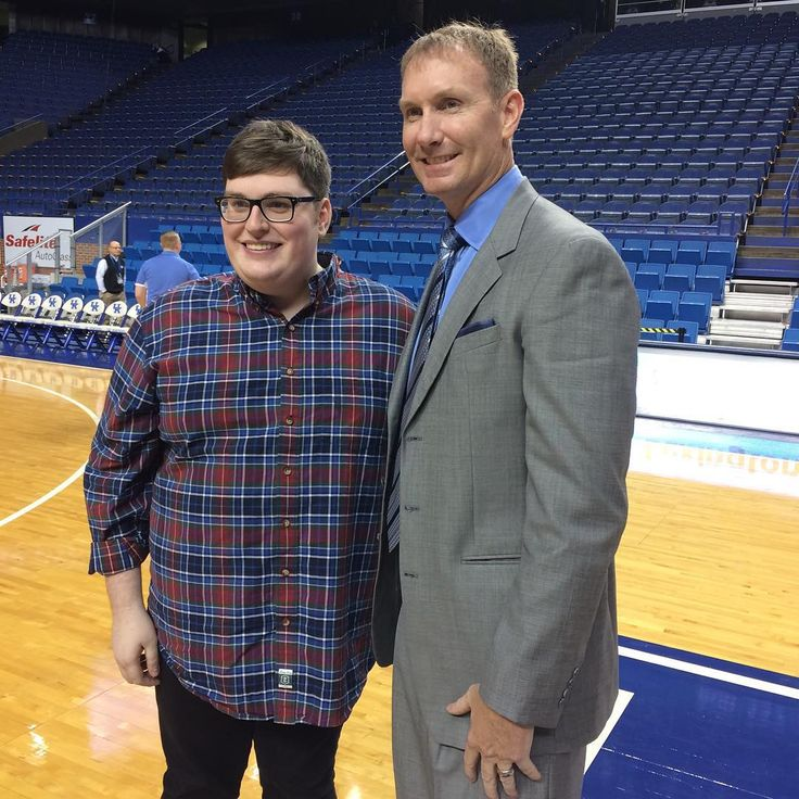 "Even UK Unforgettable John Pelphrey is a little star struck by ""The Voice"" winner Jordan Smith."