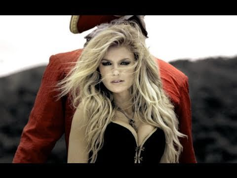 Marisa Miller's Captain Morgan Sword Fight #CaptainMorgan #MarisaMiller