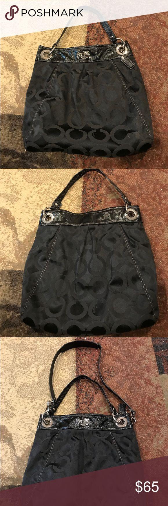Coach hobo bag Black coach hobo bag, 16 x 14 x 7, never used, comes with longer strap. Coach Bags Hobos
