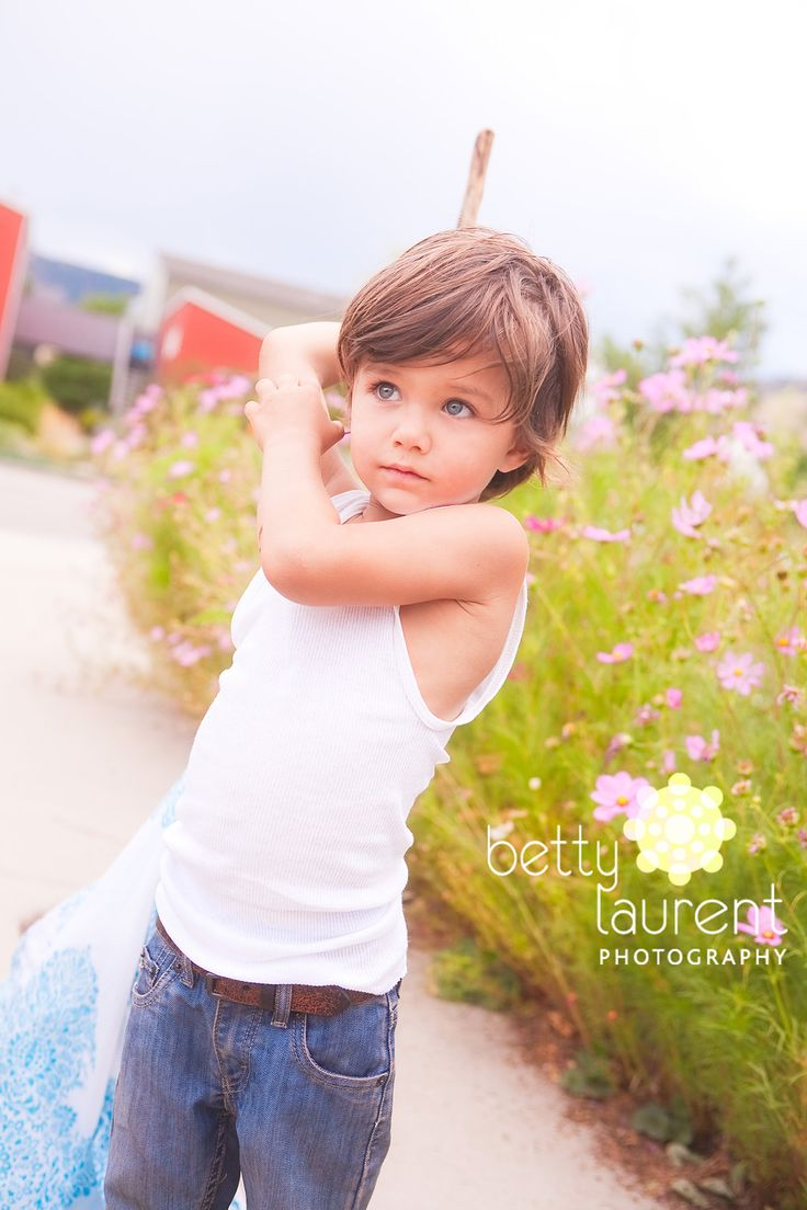 Betty Laurent...such a cute little boy...the photo has amazing color and light