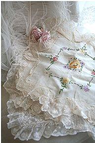 romantic's nest