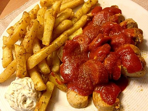25 best ideas about currywurst so e on pinterest currywurst sauce rezept currywurst rezept. Black Bedroom Furniture Sets. Home Design Ideas