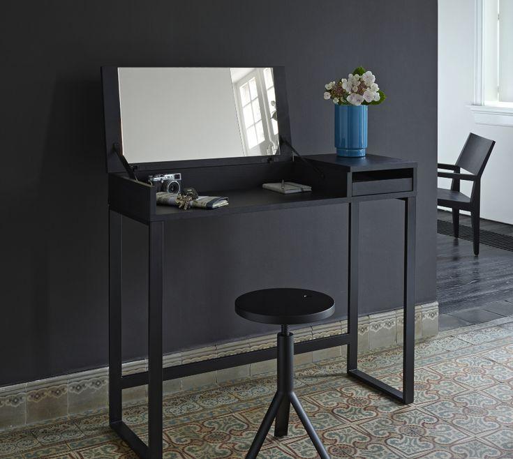 les 25 meilleures id es de la cat gorie tabouret piano sur pinterest tabouret de piano places. Black Bedroom Furniture Sets. Home Design Ideas